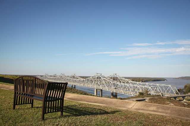 Natchez-river-view-LMC.jpg