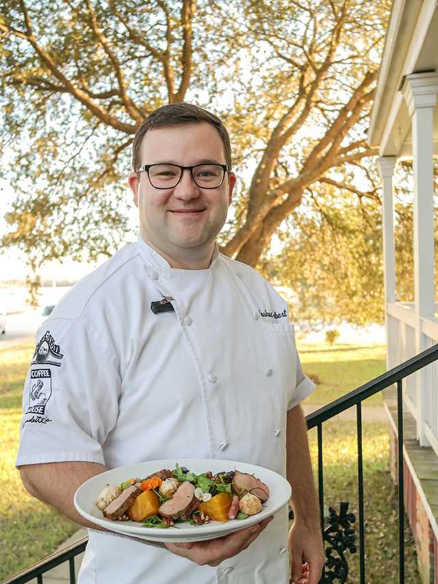 Chef-Joshua-Hebert-Headshot.jpg
