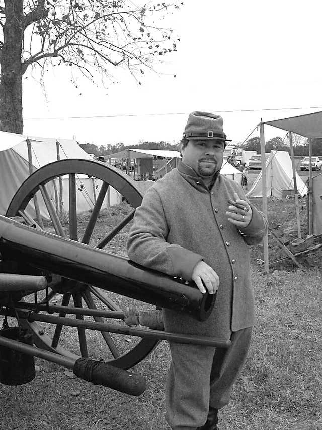 mile-Charles-with-cigar-v.jpg