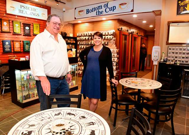 bottom_of_the_cup_Thomas_and_Jeanne_Mullen_003.jpg