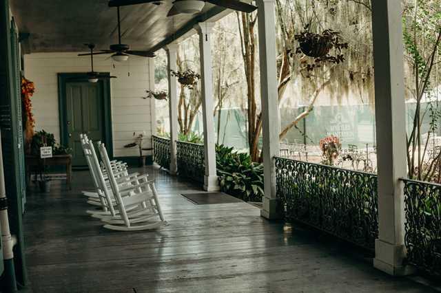 the-myrtles---porch.jpg
