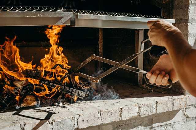 restaurant-1796---fire.jpg