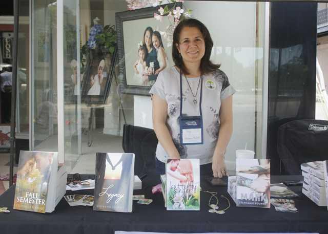 2_Books-Along-The-Teche-Literary-Festival.jpg