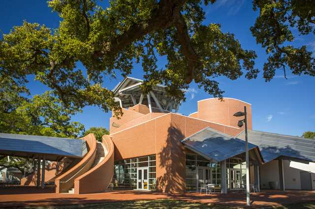 Ohr---O'Keefe-Museum-of-Art,-attribute-to-Visit-Mississippi-Gulf-Coast.jpg
