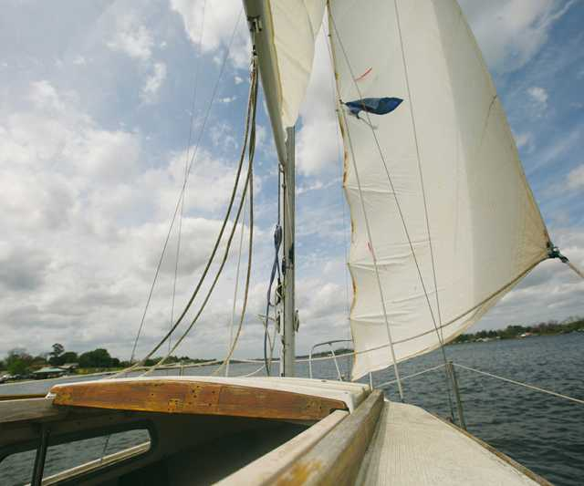 pelican-yacht-club.jpg