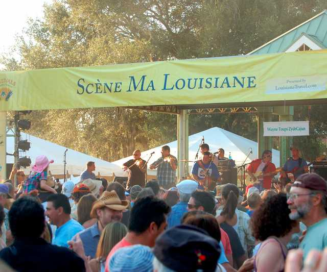 Festivals_Acadiens_et_Créoles_2010_-_Lots_of_great_music.jpg