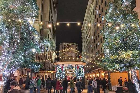 miracle on Fulton street Christmas lights