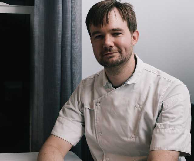 small-town-chefs-alex-perry-web-1.jpg