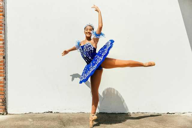 august-dancers-7.jpg