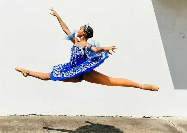 Dancers_MAIN.jpg