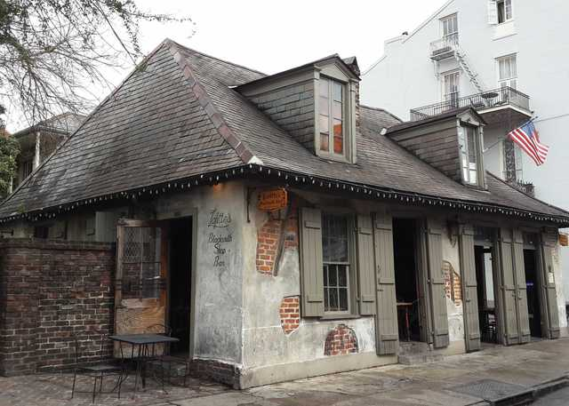 Lafitte's_Blacksmith_Shop-Bourbon_Street-French_Quarter-New_Orleans-(1).jpg