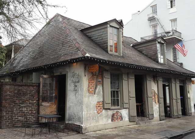 Lafitte's_Blacksmith_Shop-Bourbon_Street-French_Quarter-New_Orleans-(1).jpg