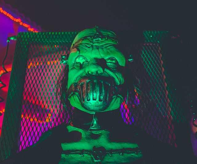 neonbrand-dKA1UwCaIBU-unsplash.jpg