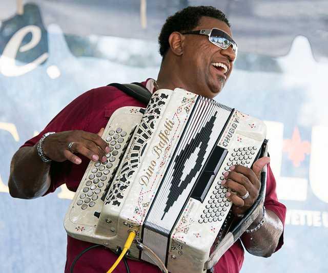 2014-Chubby-Carrier-Bayou-Swamp-Band,-Fest-Acad-&-Creole,-Oct.-12-0115.jpg