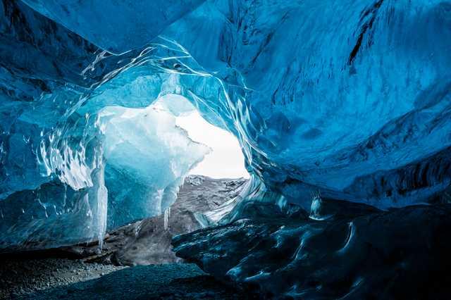 20140226_Breidamerkurjökull_Ice_Cave_016.jpg