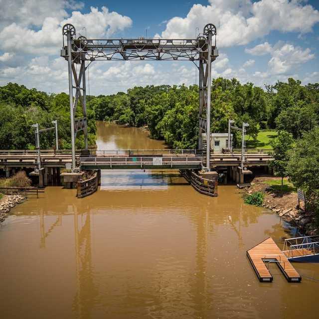 Loreauville Floating Dock - Courtesy TECHE Project.jpg