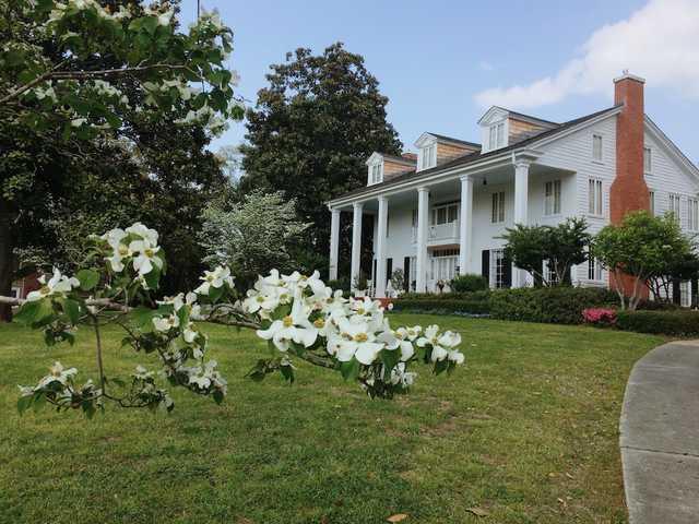 Bates-Irving Home in Minden.JPG