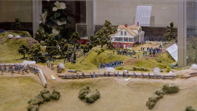 Seige of Vicksburg diorama cropped CC - A012_11120543_C013.braw.05_43_59_14.Still001.jpg