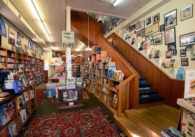Square Books (Oxford, MS)