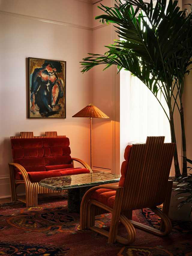 Hotel-Saint-Vincent---Lobby-Seating---by-Matt-Harrington.jpg