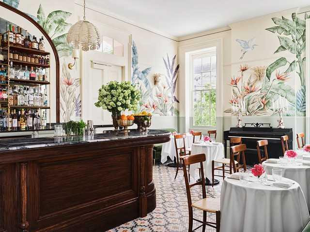 Hotel-Saint-Vincent---Paradise-Lounge---by-Douglas-Friedman.jpg