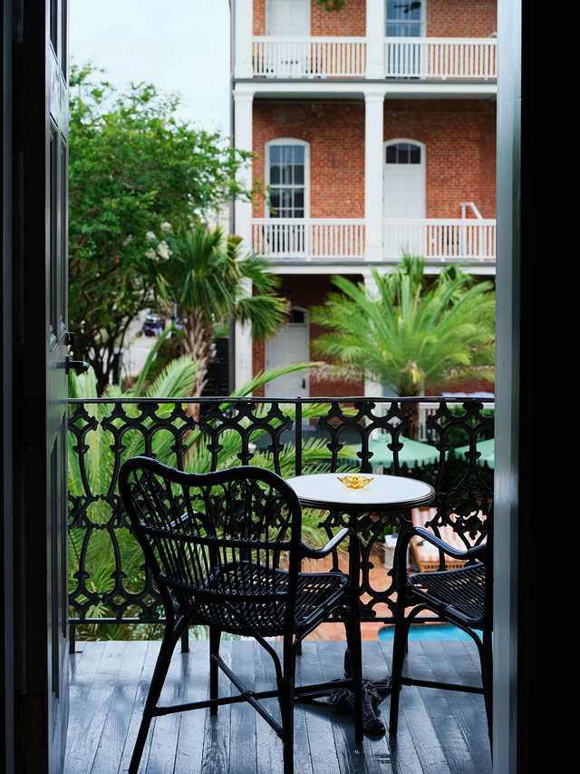 Hotel-Saint-Vincent---Room-x-Seating-Balcony---by-Matt-Harrington.jpg