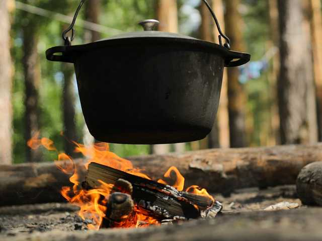 Dutch Oven Cooking.jpg