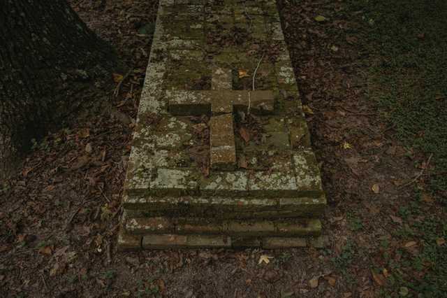 CR-Hidden-Cemetery_Evangeline-Parish_Olivia-Perillo---34.jpg