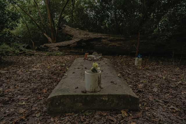 CR-Hidden-Cemetery_Evangeline-Parish_Olivia-Perillo---19.jpg