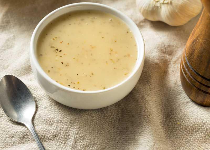 homemade-lemon-garlic-vinaigrette-dressing-5VXTVQZ.jpg