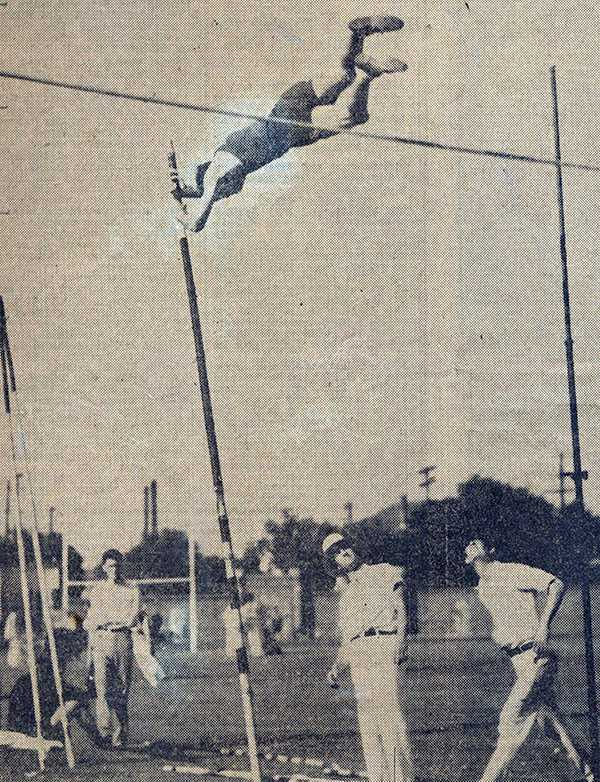 1933lsutrackchampions_mattgordy.jpg
