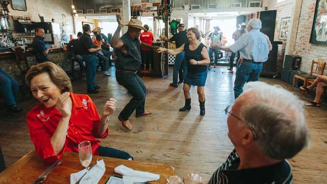 Zydeco Dancing at Cafe des Amis