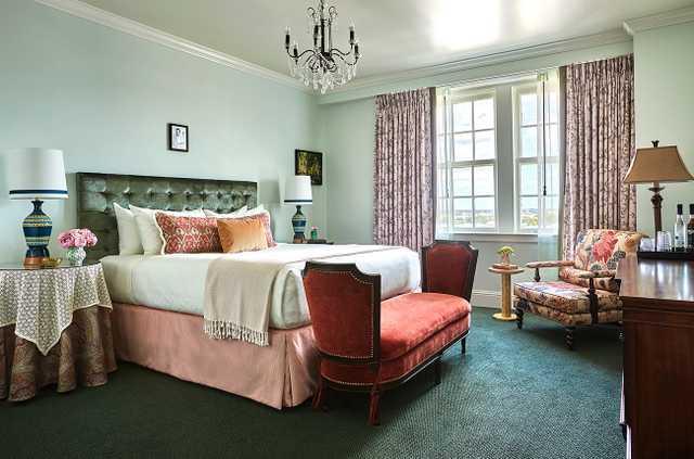 Pontchartrain Hotel Room