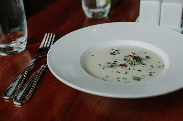 cauliflower soup_cocha.jpg