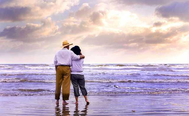 ocean-lovers.jpg