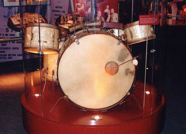 Baby-Dodds-Drum-Set,-Classic-Drummer-1.jpg