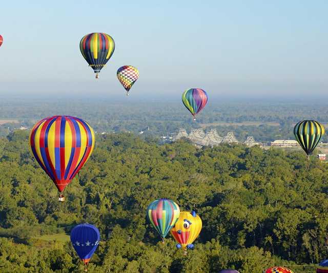 natchez ballooncrop.jpg