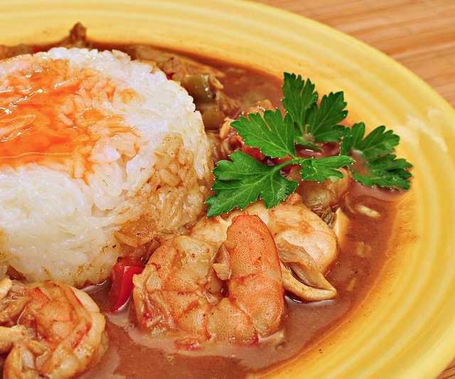 Shrimp_and_crab_gumbo.jpg
