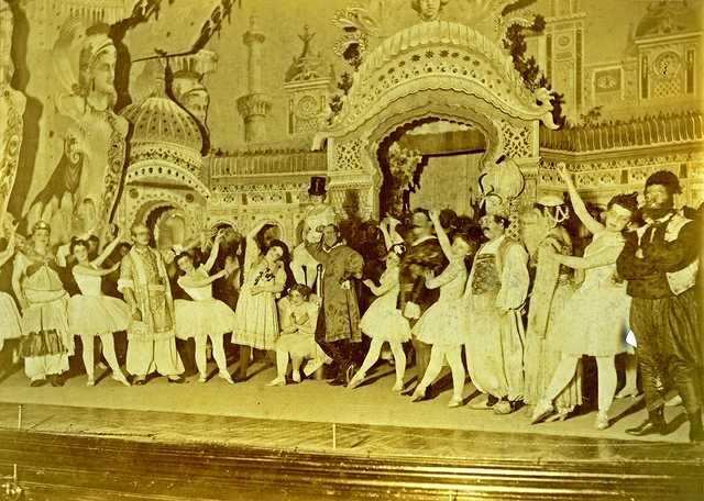 burlesque-opera-(1894)-#2.jpg