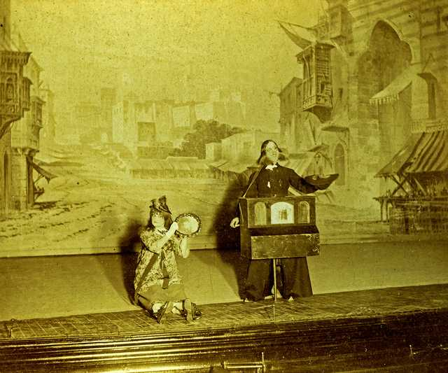 burlesque-opera-(1894)-#1.jpg