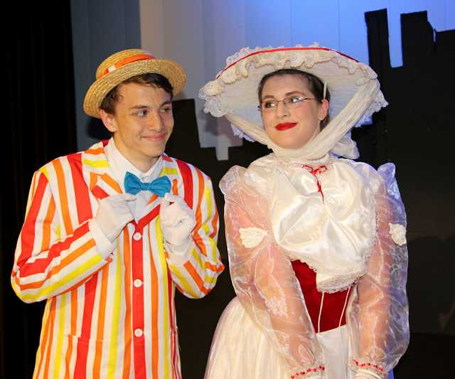 mary_poppins_at_runnels_alex_morgan&kayla_evans.jpg