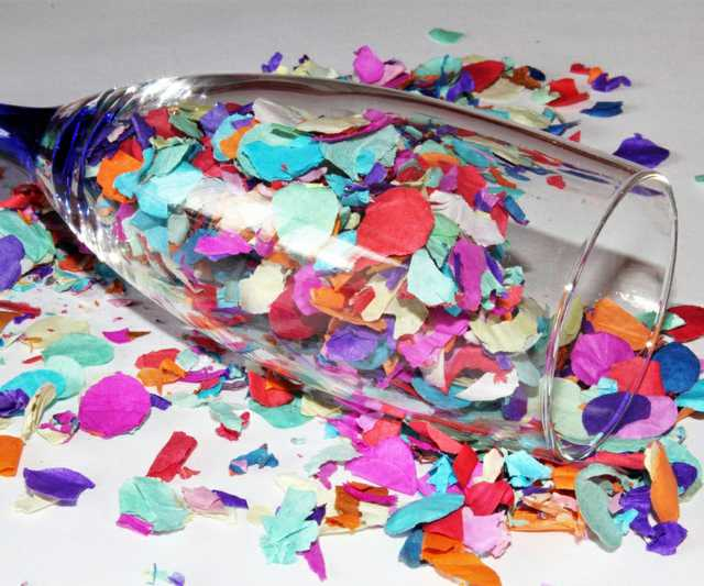 confetti_champagne_glass_colorful_party_partyaritkel_carnival_new_year's_eve_decoration-830902.jpg
