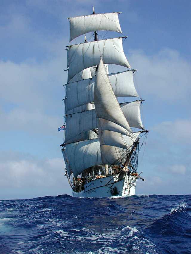 Picton-Castle-Under-Full-Sail.jpg