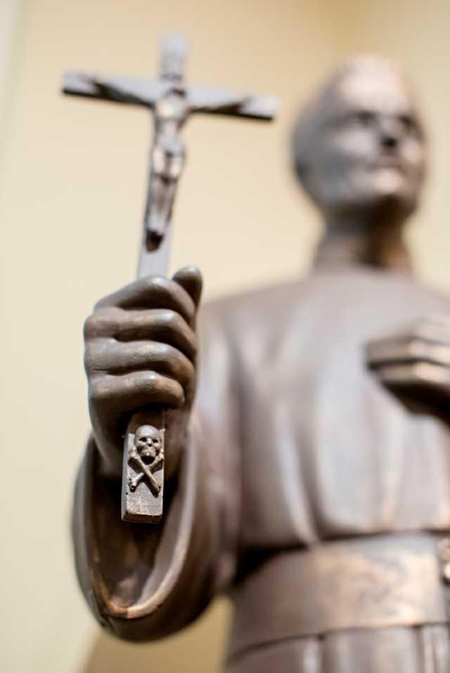 Francis-Seelos-Shrine---Statue---4.jpg