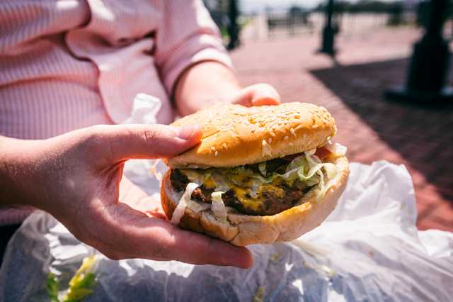 port-allen-burger.jpg