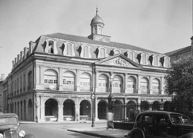 Cabildo_New_Orleans_May_1936.jpg